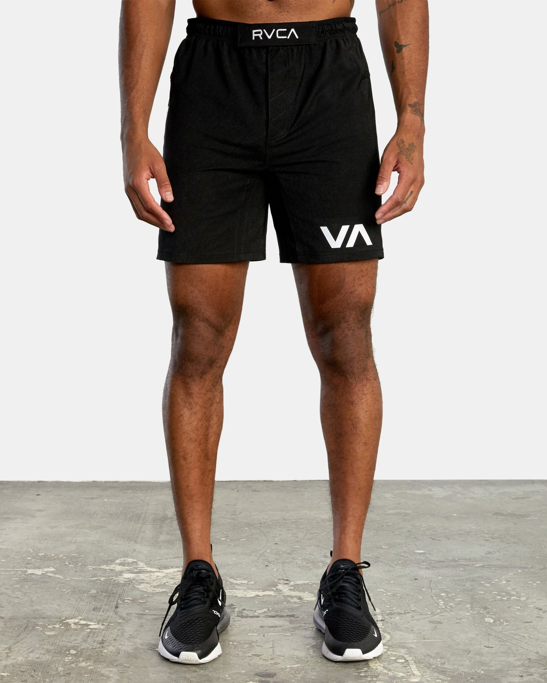 7 VA Sport Grappler Short Black VG208GRP RVCA