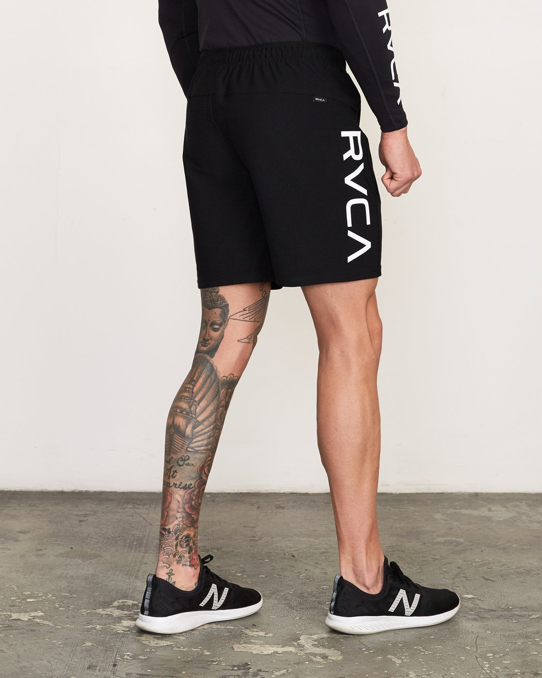 5 VA Sport Grappler Short Black VG208GRP RVCA