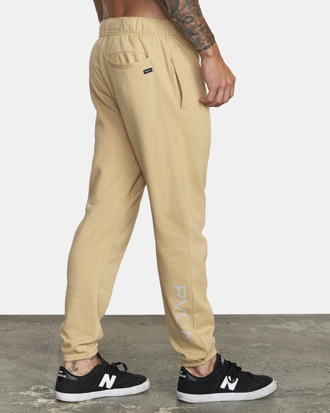 4 SWIFT SWEATPANT Brown VJ301SWT RVCA