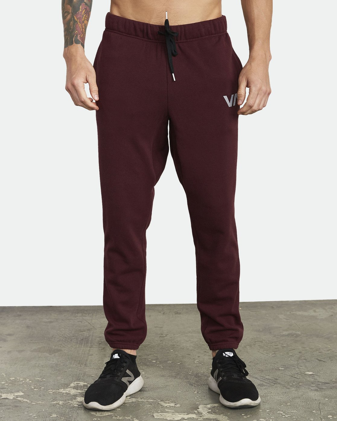 1 Swift Sweatpant Pink VJ301SWT RVCA
