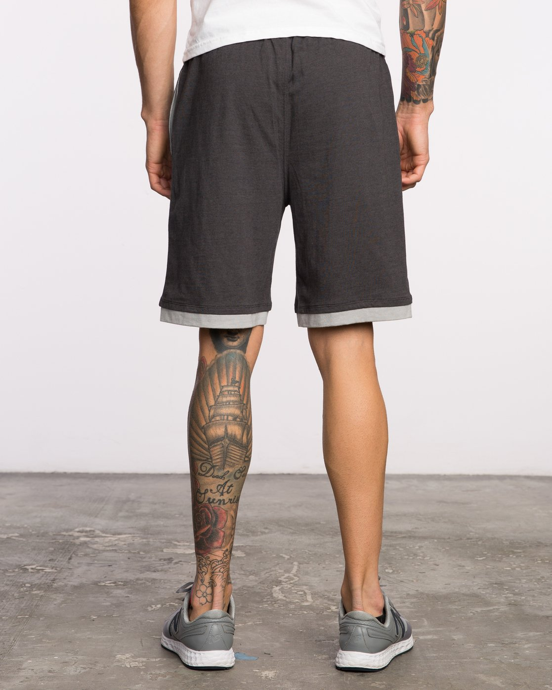 "4 Layers II 19"" Short Black VL205LRS RVCA"