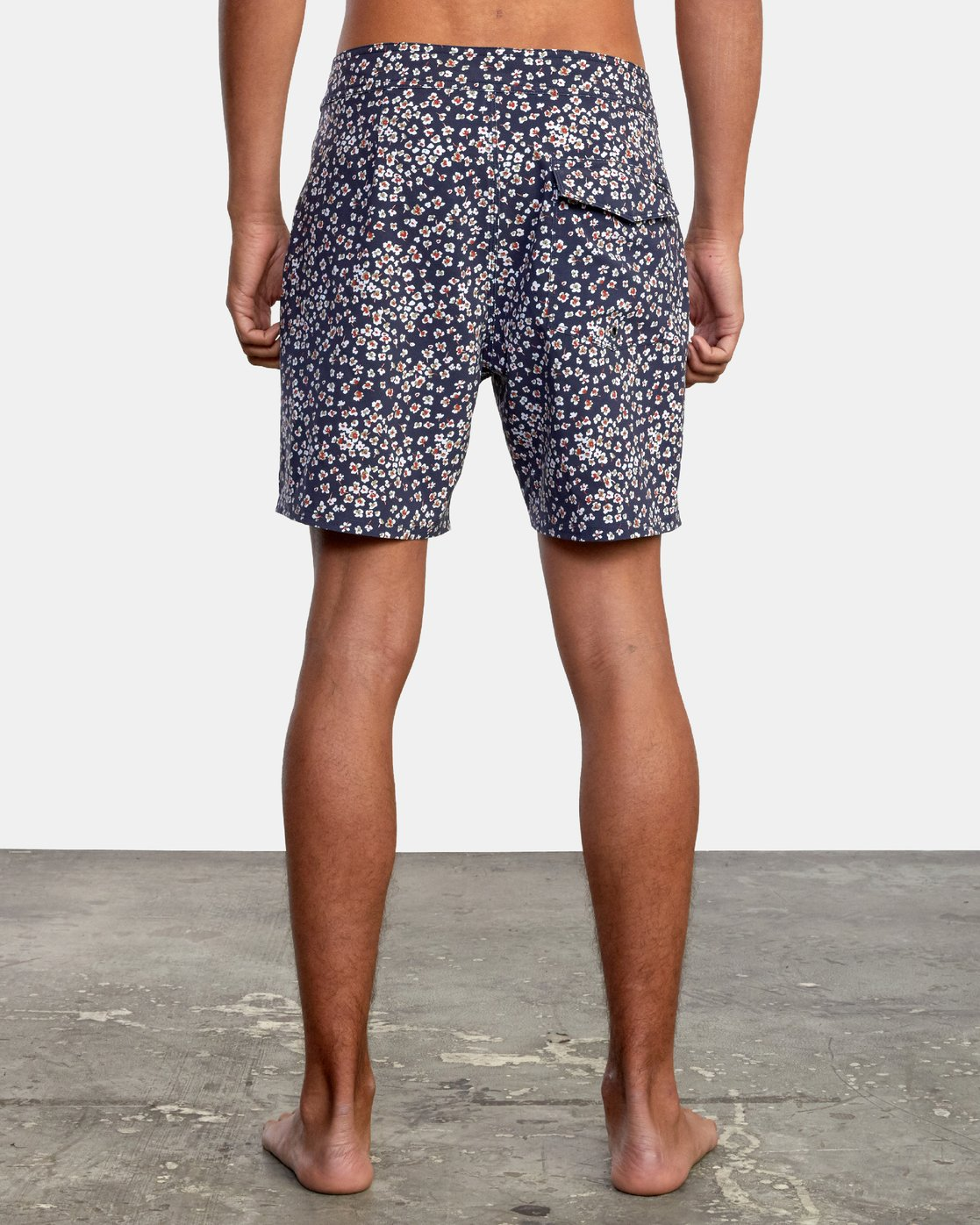 """2 VA Pigment 18"""" - Board Shorts for Men  W1BSRDRVP1 RVCA"""