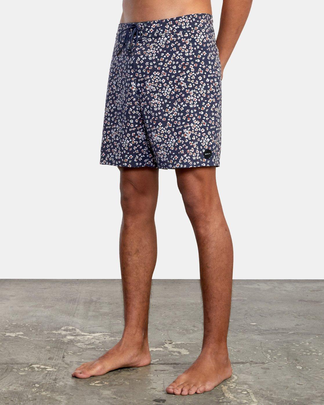 """4 VA Pigment 18"""" - Board Shorts for Men  W1BSRDRVP1 RVCA"""