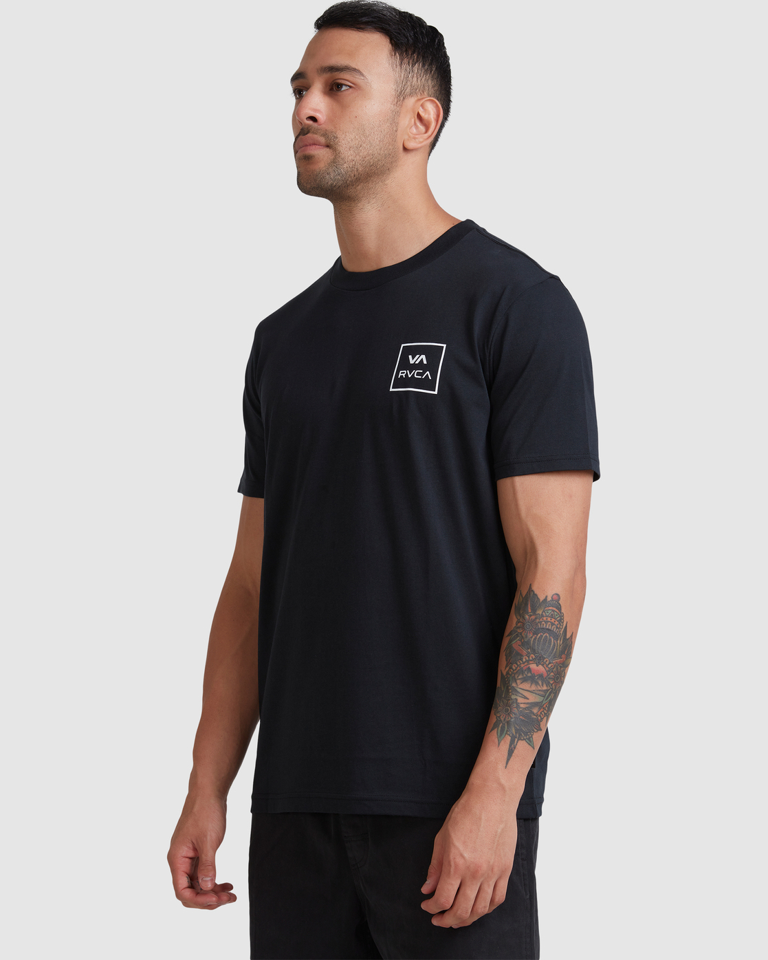 6 VA All The Ways - T-Shirt for Men Black W1SSSLRVP1 RVCA
