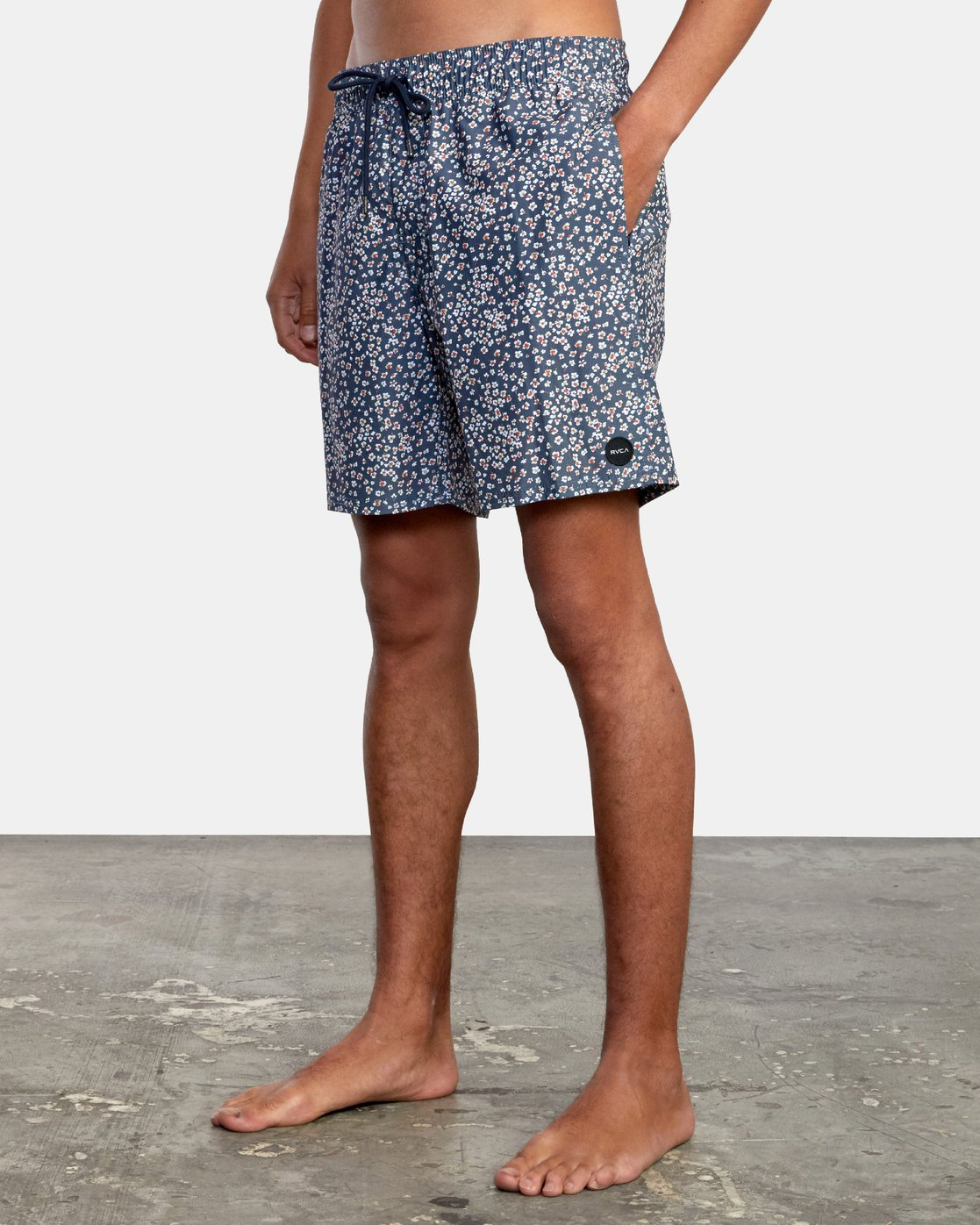 """4 Perry 17"""" - Elasticated Shorts for Men  W1VORHRVP1 RVCA"""