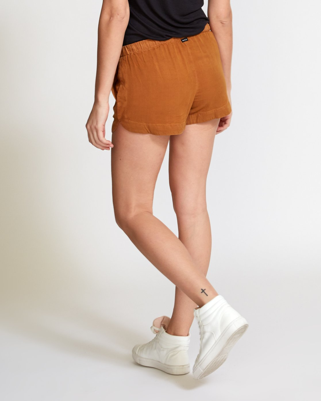 2 New Yume Elastic Short Orange W202PRNY RVCA