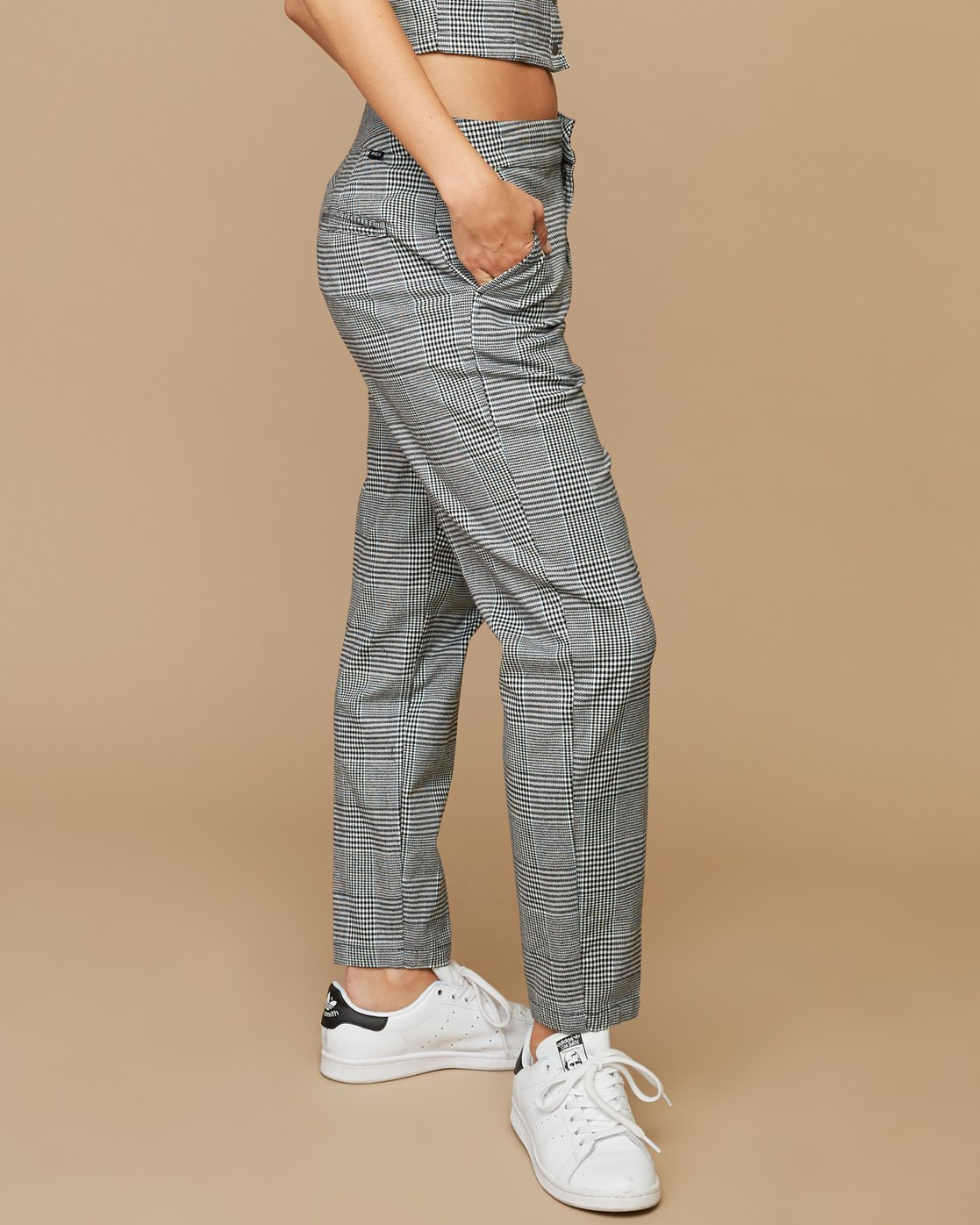 5 Remy Plaid Trousers White W301SRRE RVCA