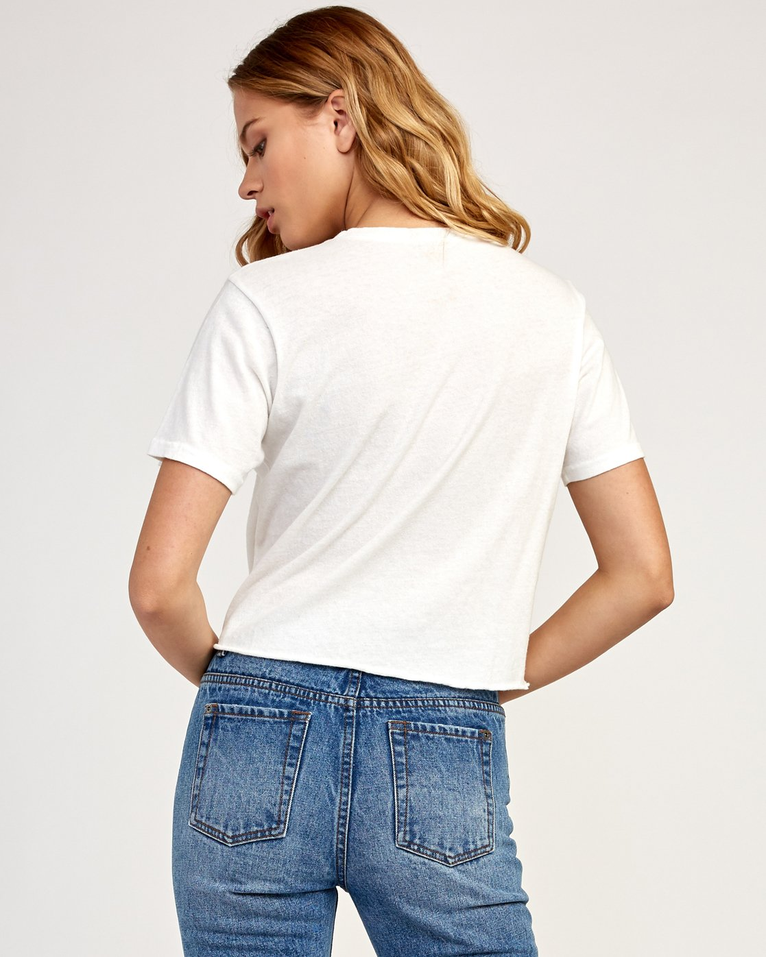 2 Big RVCA Knotted T-Shirt White W438TRBI RVCA