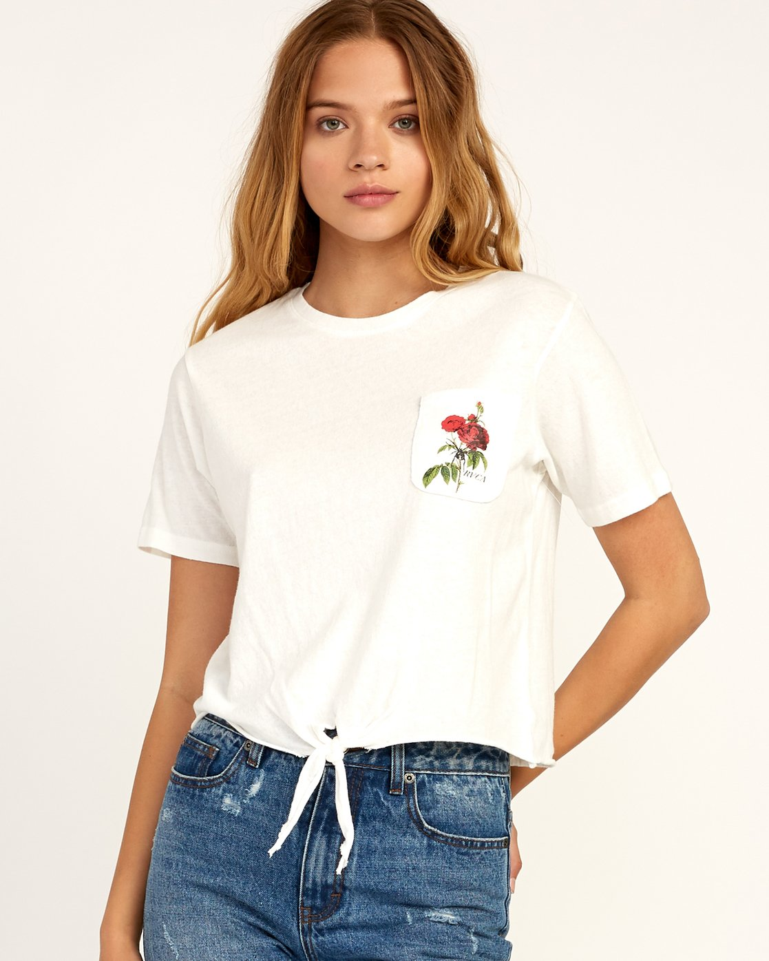 1 Widow Knotted T-Shirt White W438TRWI RVCA