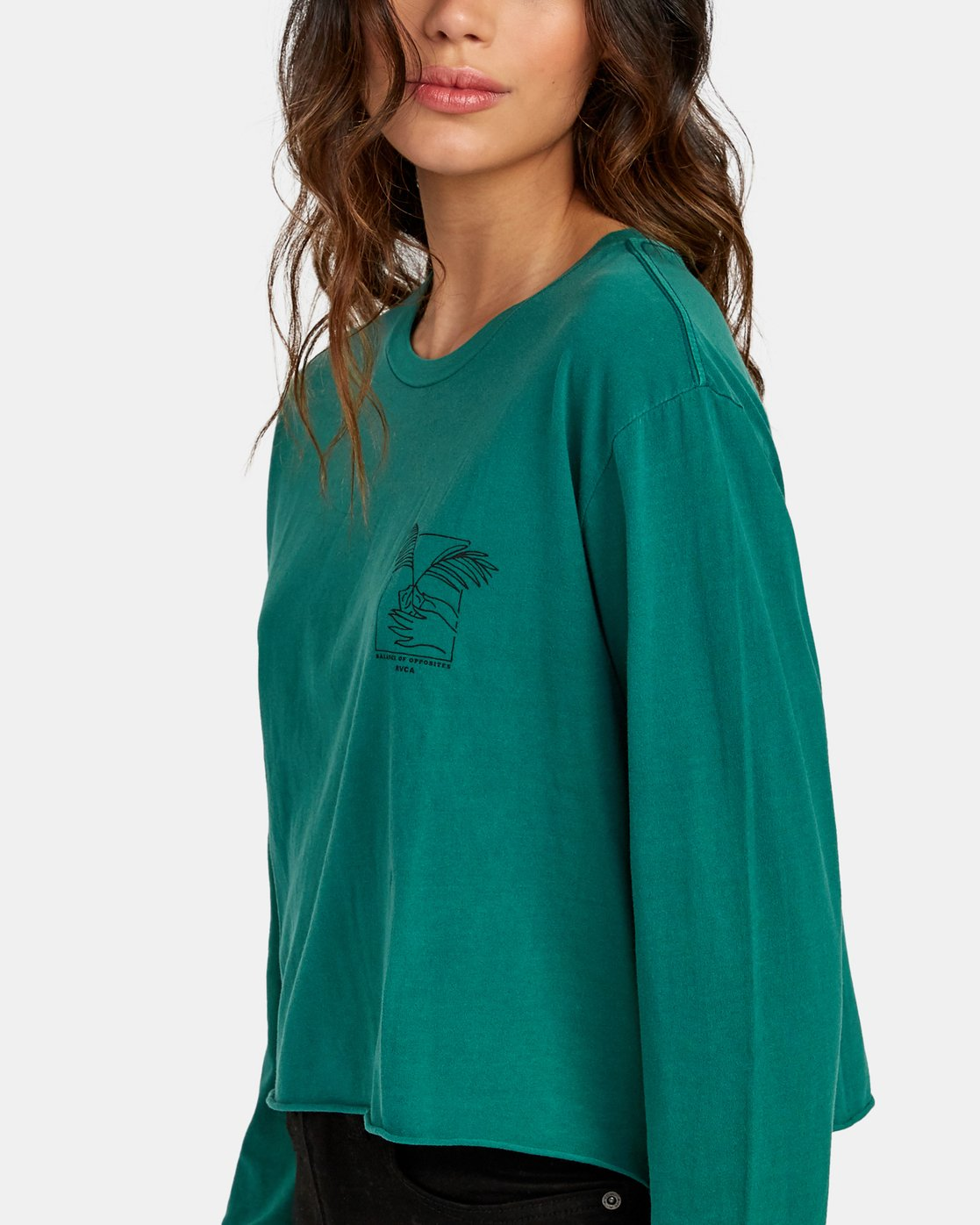 5 Paloma Long Sleeve Boyfriend T-Shirt Green W467WRPA RVCA