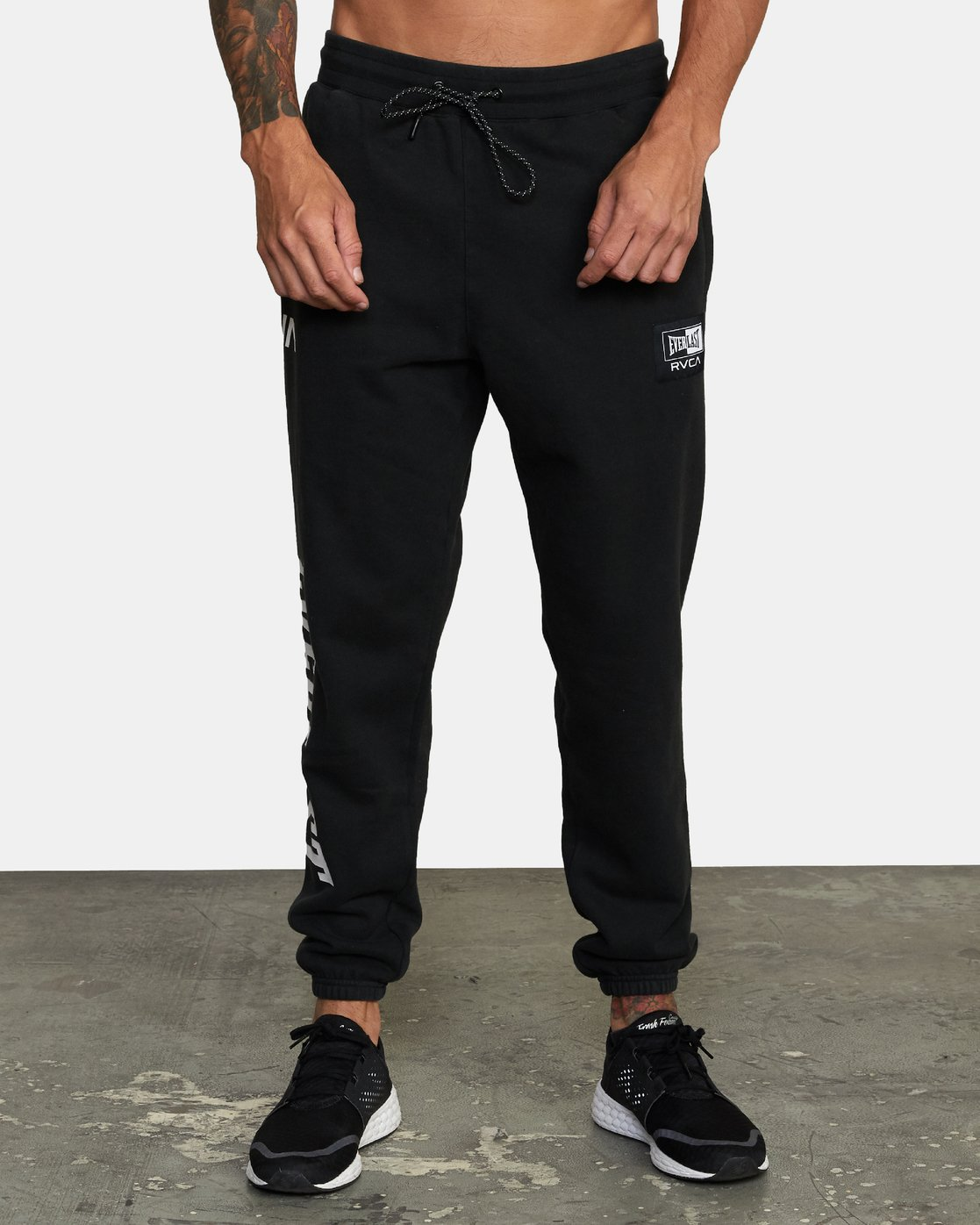1 Everlast x RVCA - Joggers for Men Black W4PTMDRVP1 RVCA