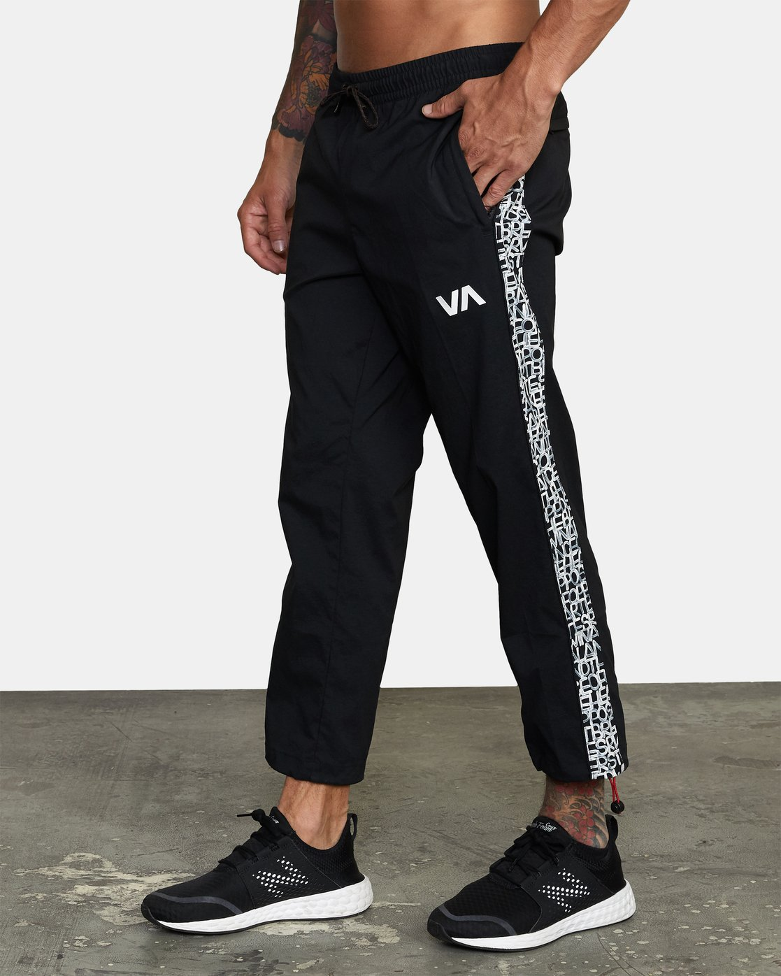 2 Bedwin IPFU - Joggers for Men Black W4PTMGRVP1 RVCA