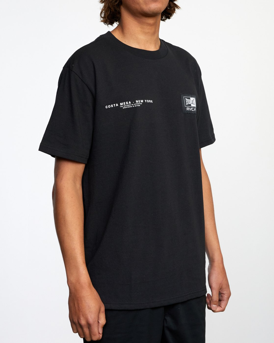 6 Everlast x RVCA - T-Shirt for Men Black W4SSMJRVP1 RVCA