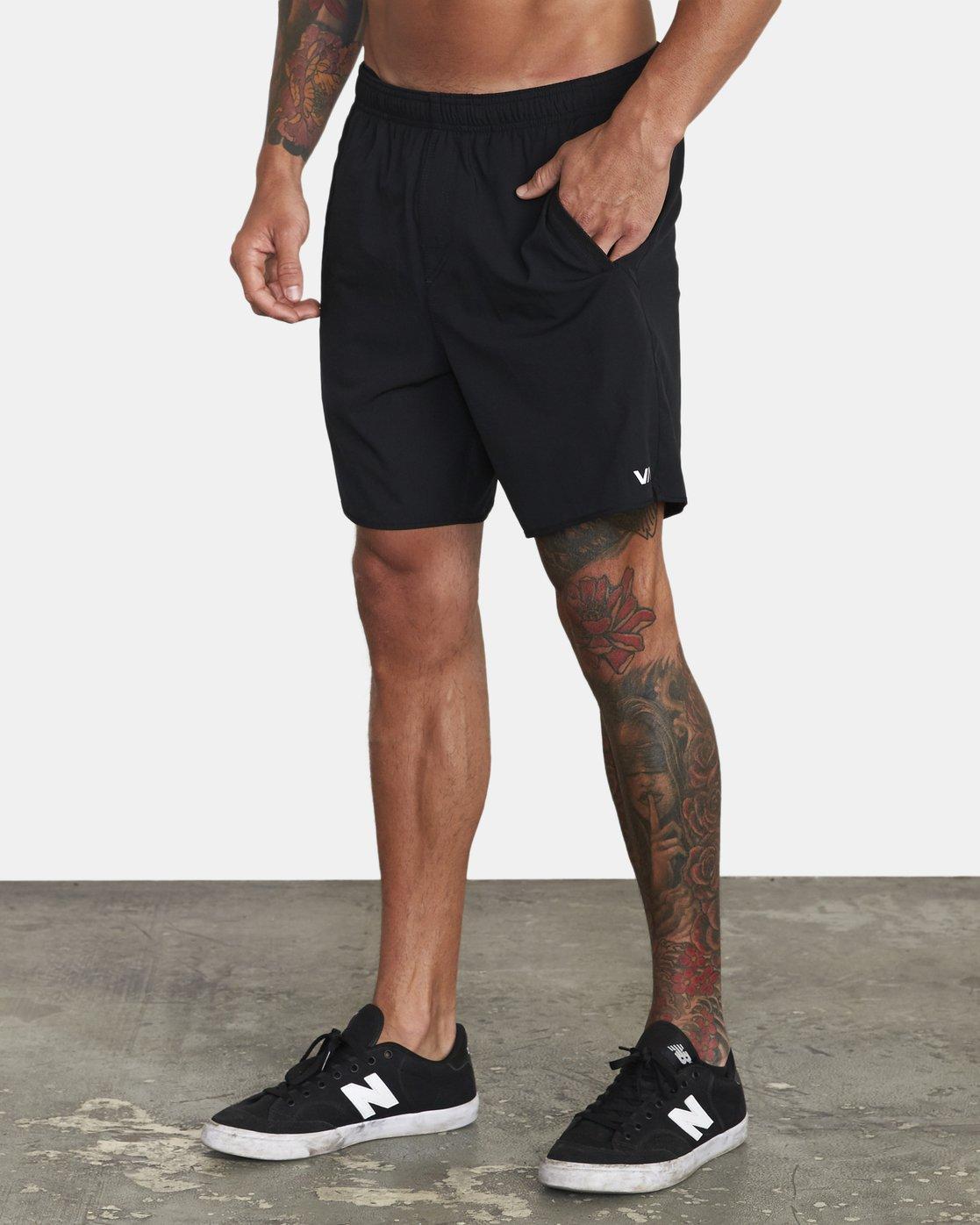 "2 Yogger IV 17"" - Workout Shorts for Men Black W4WKMLRVP1 RVCA"