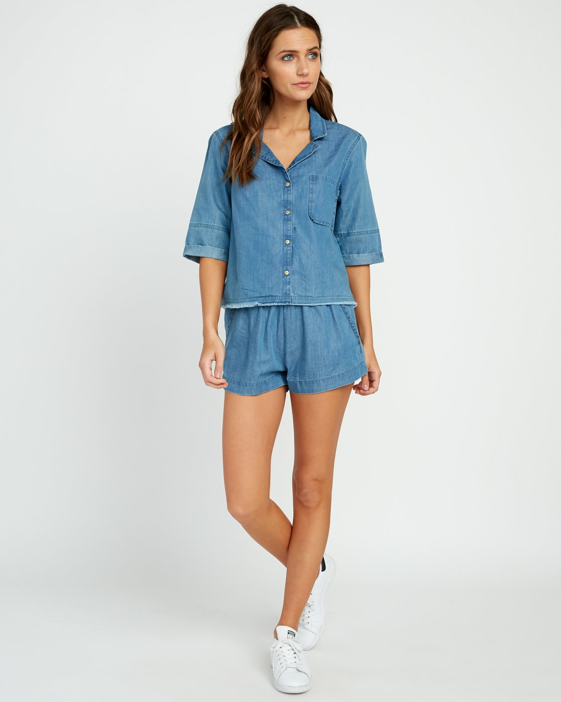 4 Inner Thoughts Chambray Shirt  W505URIN RVCA