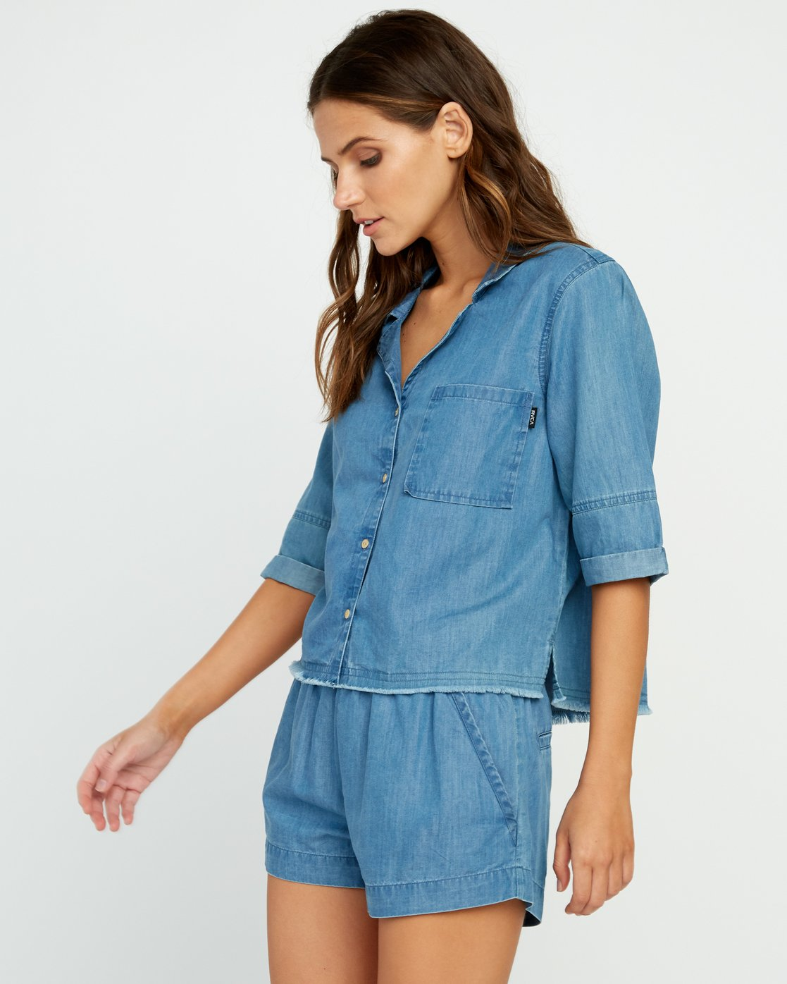 1 Inner Thoughts Chambray Shirt  W505URIN RVCA