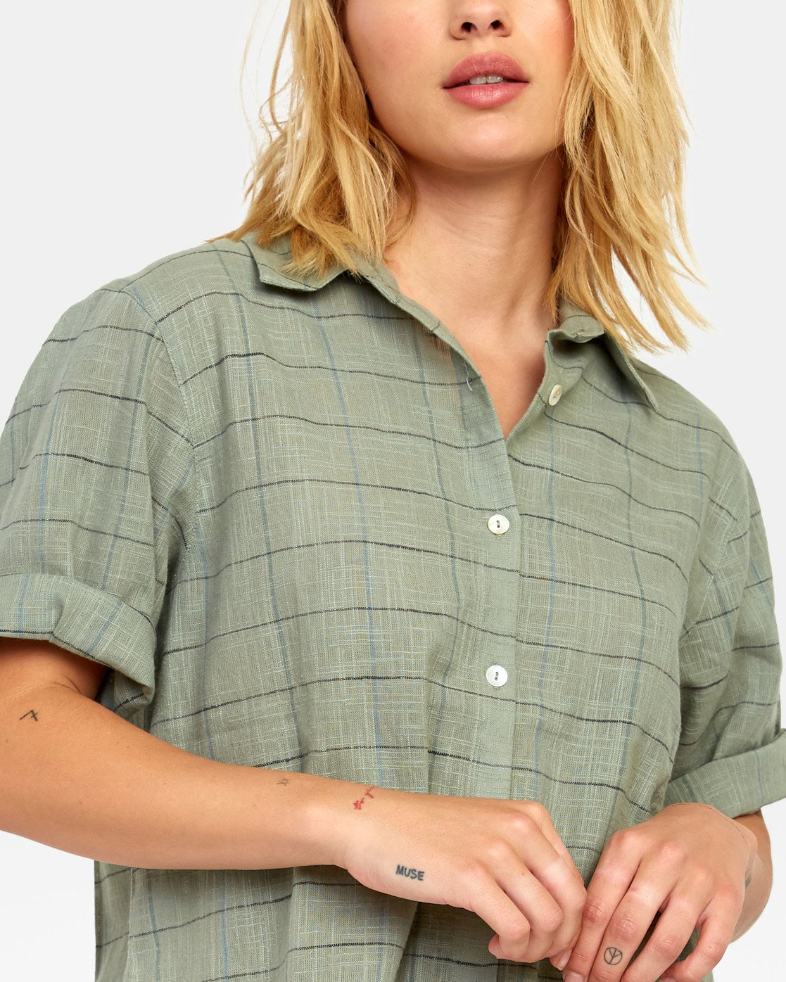 5 FOREIGN BUTTON-UP SHIRT Green W5071RFO RVCA