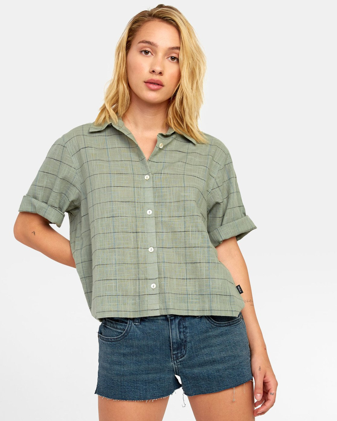 0 FOREIGN BUTTON-UP SHIRT Green W5071RFO RVCA
