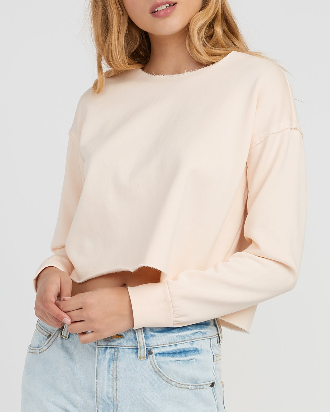 3 Stranger Cropped Sweater Pink W603SRST RVCA