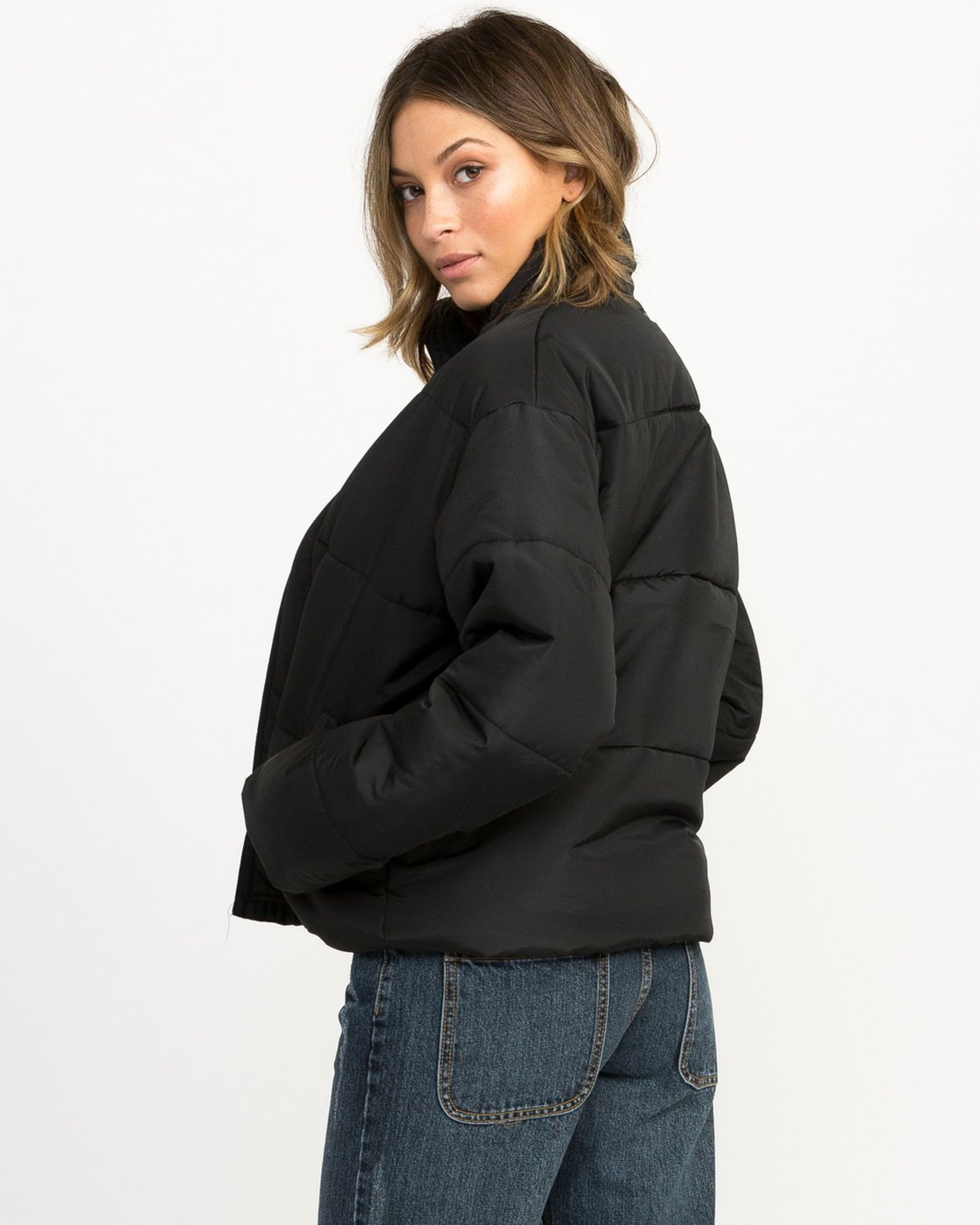 3 Eezeh Puffer Cropped Jacket Black W703QREE RVCA