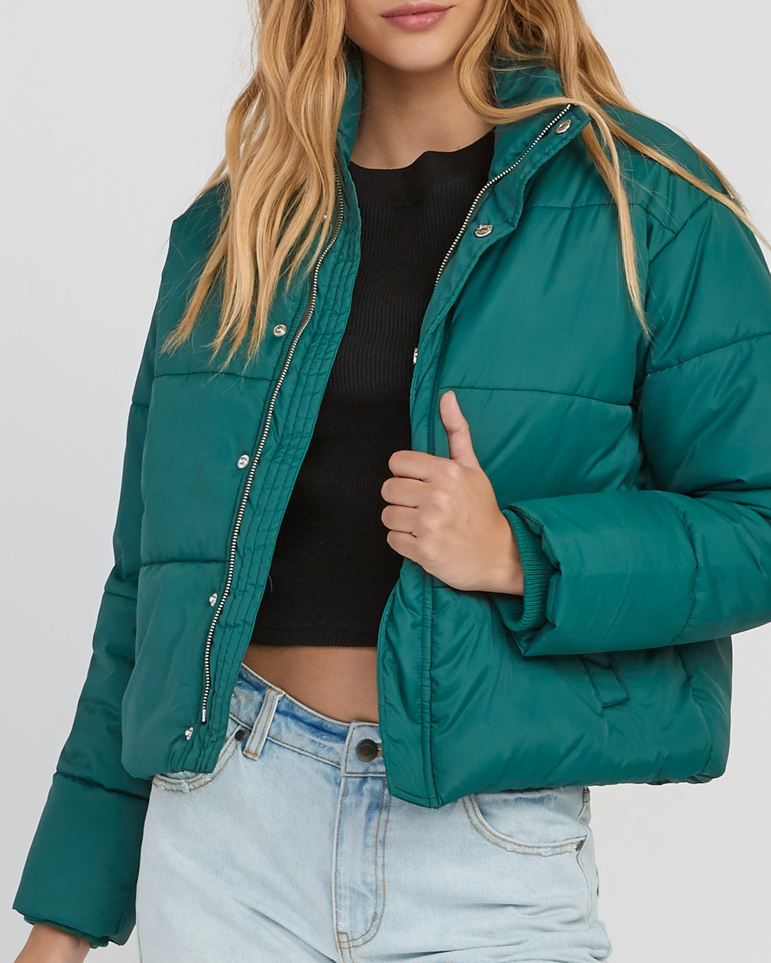 4 Eezeh Puffer Cropped Jacket Green W703QREE RVCA