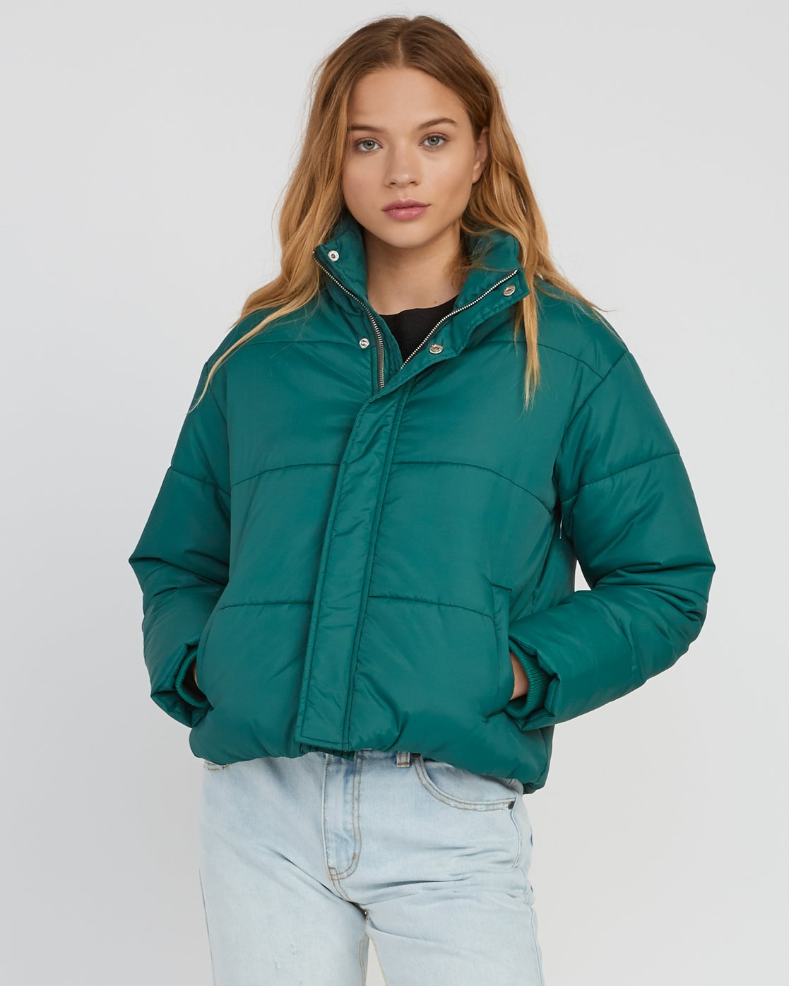 1 Eezeh Puffer Cropped Jacket Green W703QREE RVCA