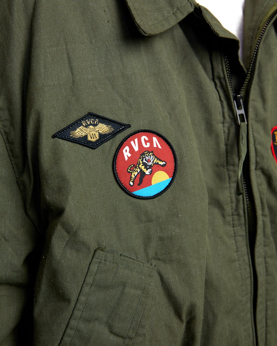 5 REBEL SOUL OVER SIZED MILITARY BOMBER Green W706WRRS RVCA