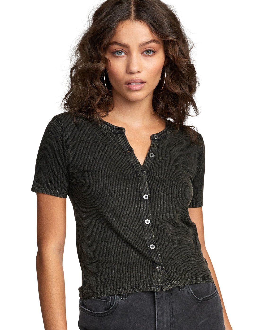 5 RETREAT TOP Black W9043RRE RVCA