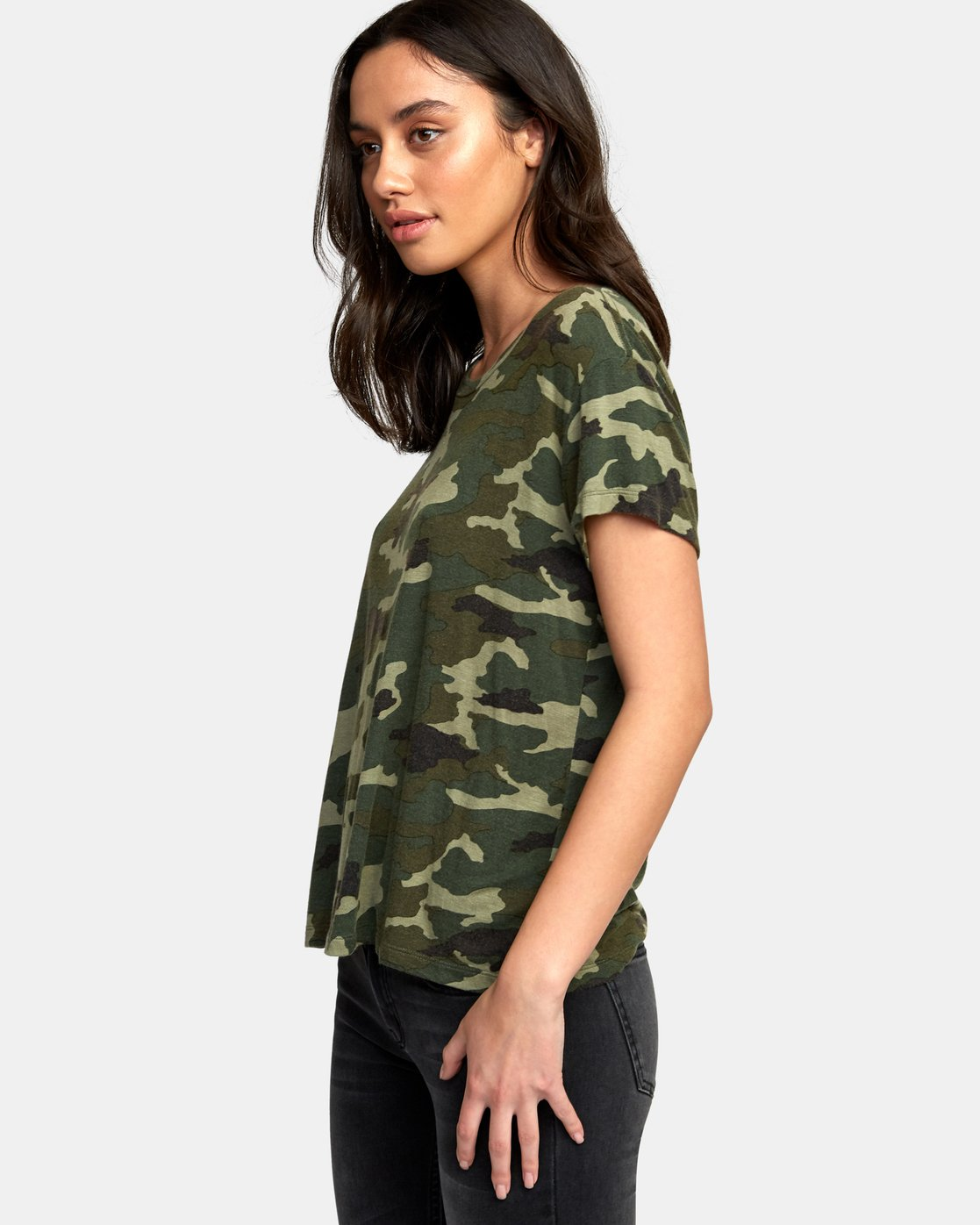 1 Suspension 3 Knit T-Shirt Camo W906VRS3 RVCA