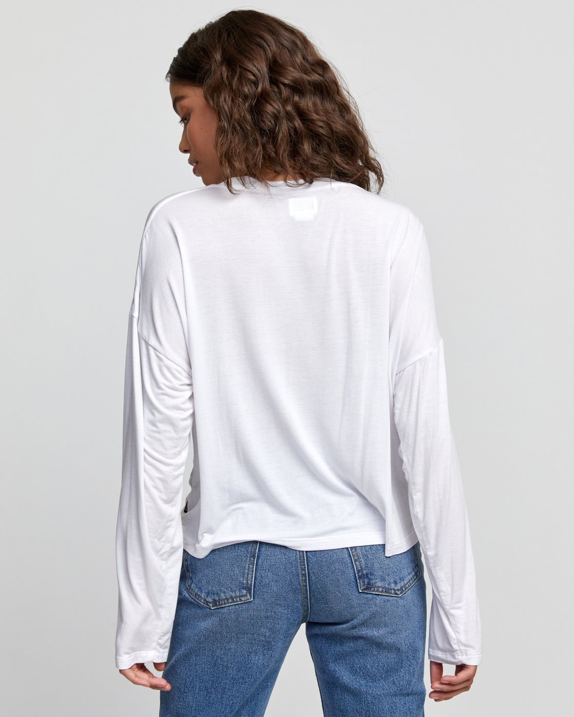 4 COUNTDOWN LONG SLEEVE TOP White W9073RCO RVCA