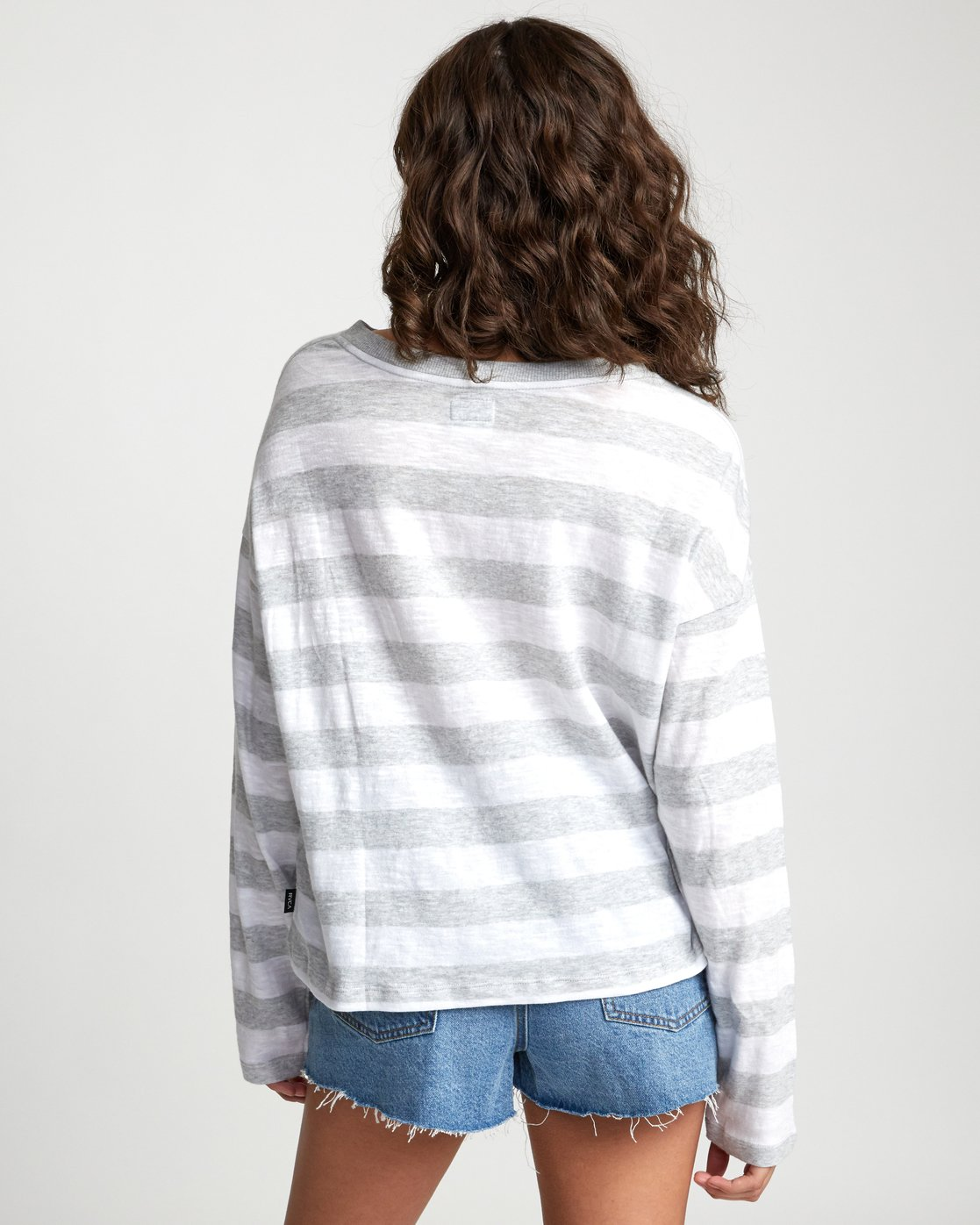 4 TALKIN CRAZY LONG SLEEVE TOP Grey W9093RTA RVCA