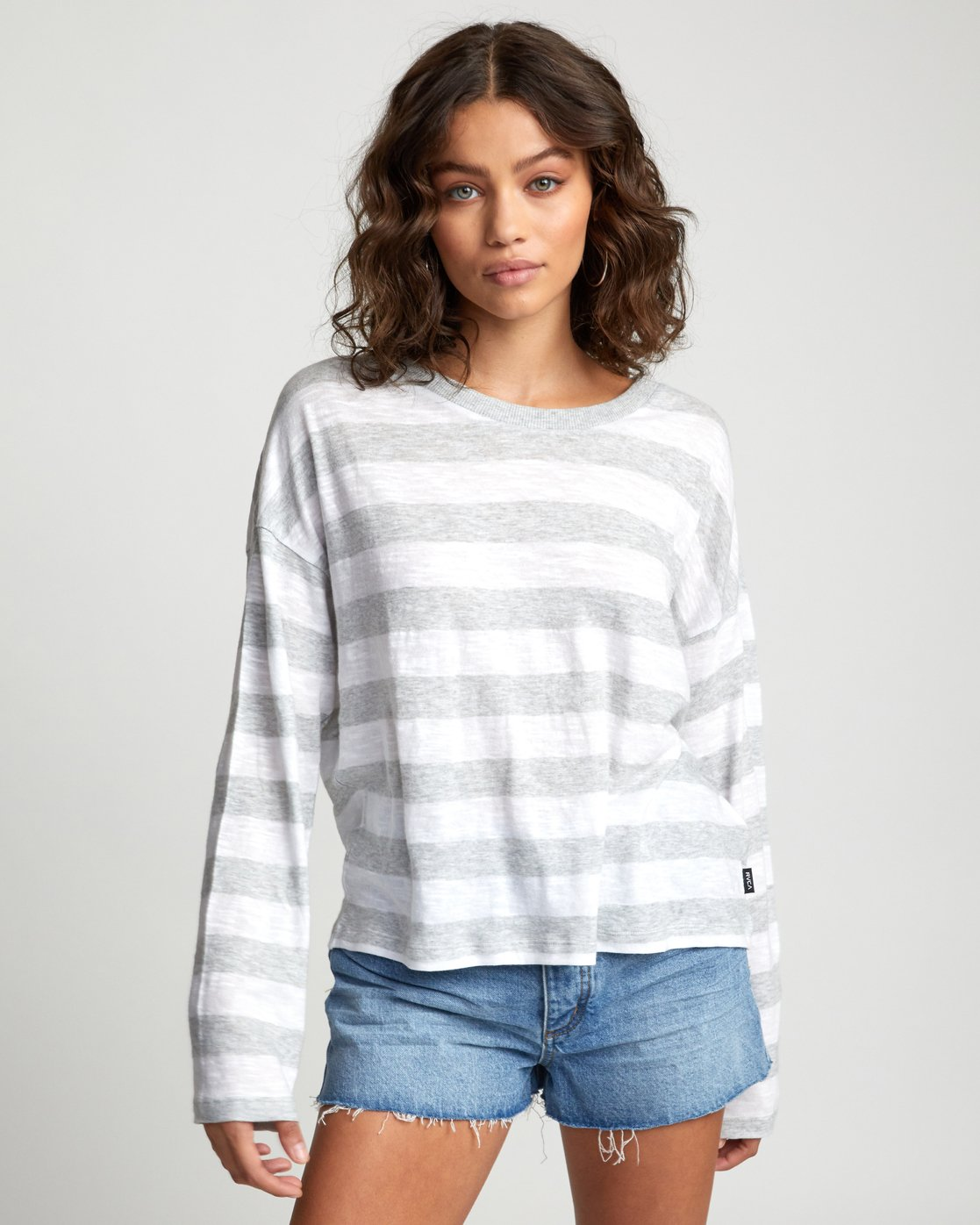 0 TALKIN CRAZY LONG SLEEVE TOP Grey W9093RTA RVCA