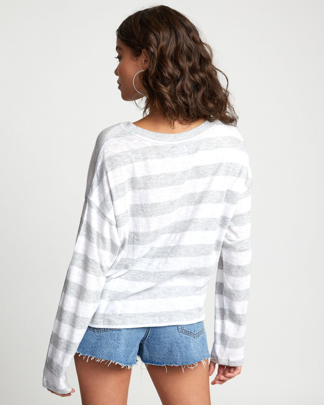 3 TALKIN CRAZY LONG SLEEVE TOP Grey W9093RTA RVCA