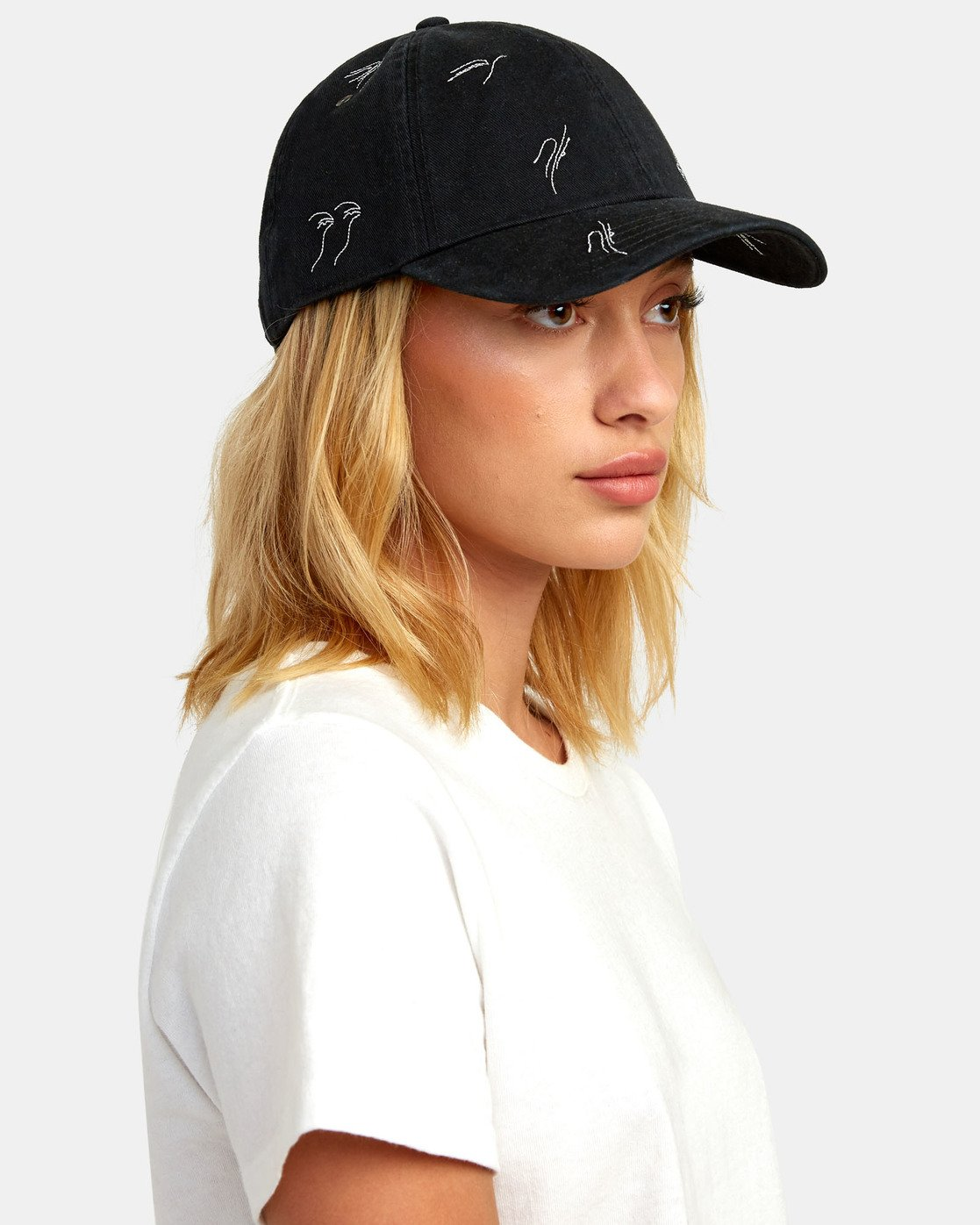 2 STAPLE DAD HAT Black WAHWWRST RVCA