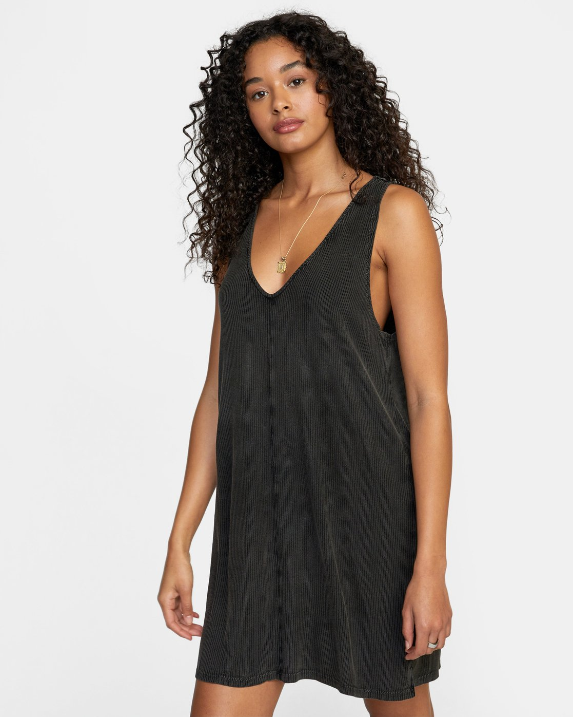 8 LOW DEF DRESS Black WD073RLO RVCA