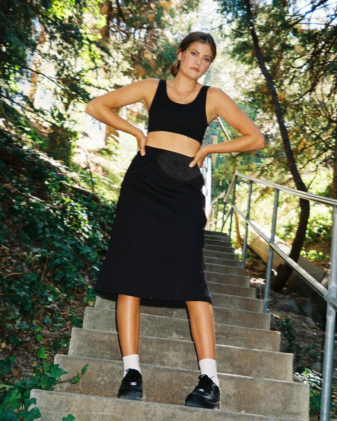 1 Jinn Woven Midi Skirt Black WK01WRJI RVCA