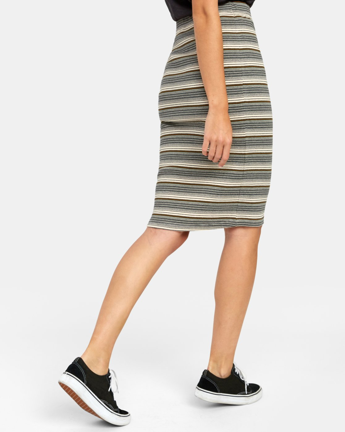 6 PICK ME UP KNIT SKIRT Brown WK021RPI RVCA