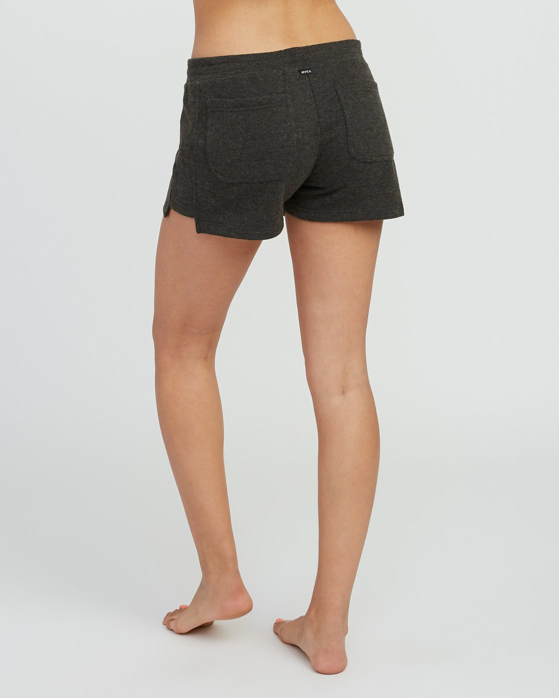 2 Chill Down Fleece Short Grey WL03SRCH RVCA