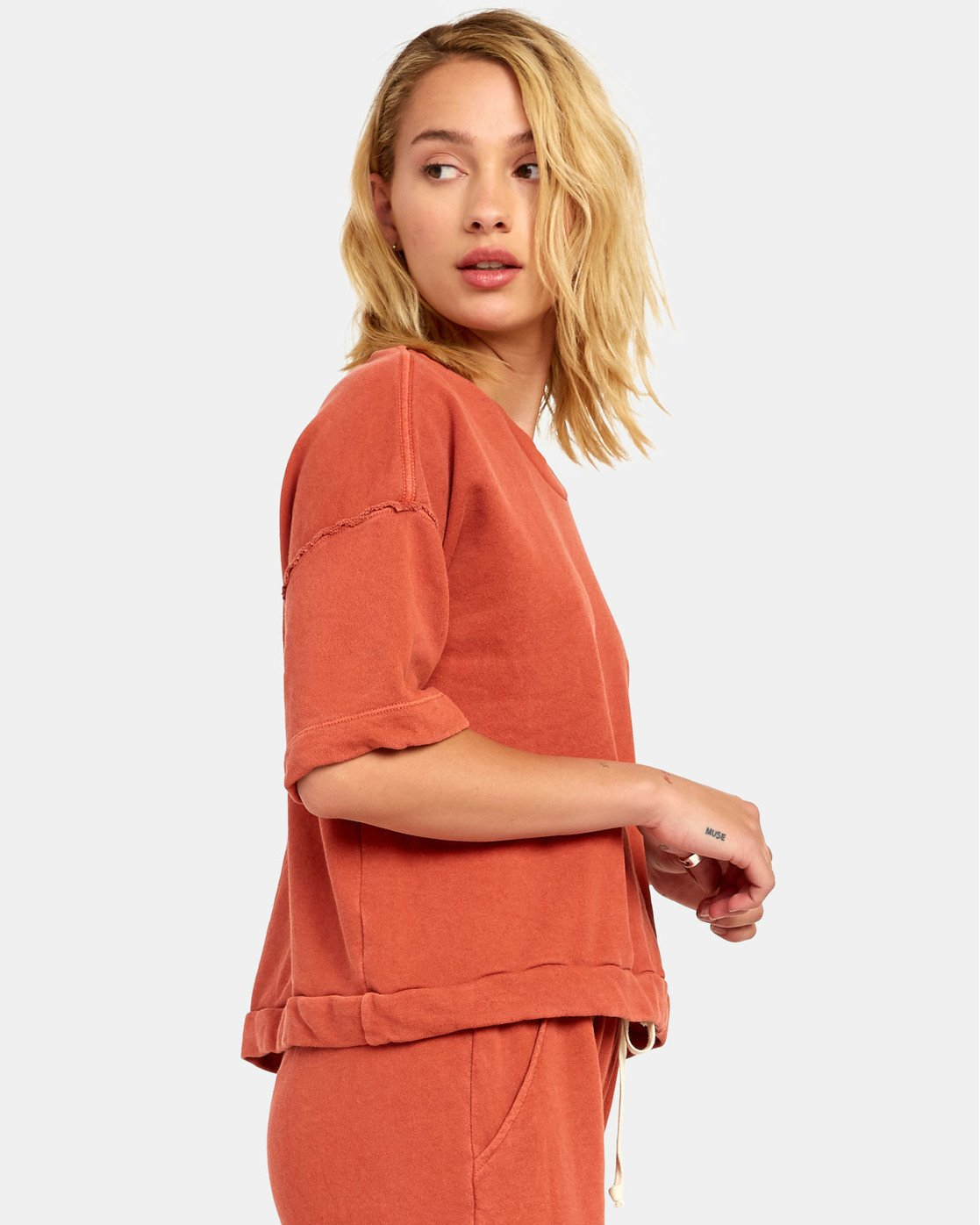 5 VEGAS PULLOVER TOP Orange WL061RVE RVCA