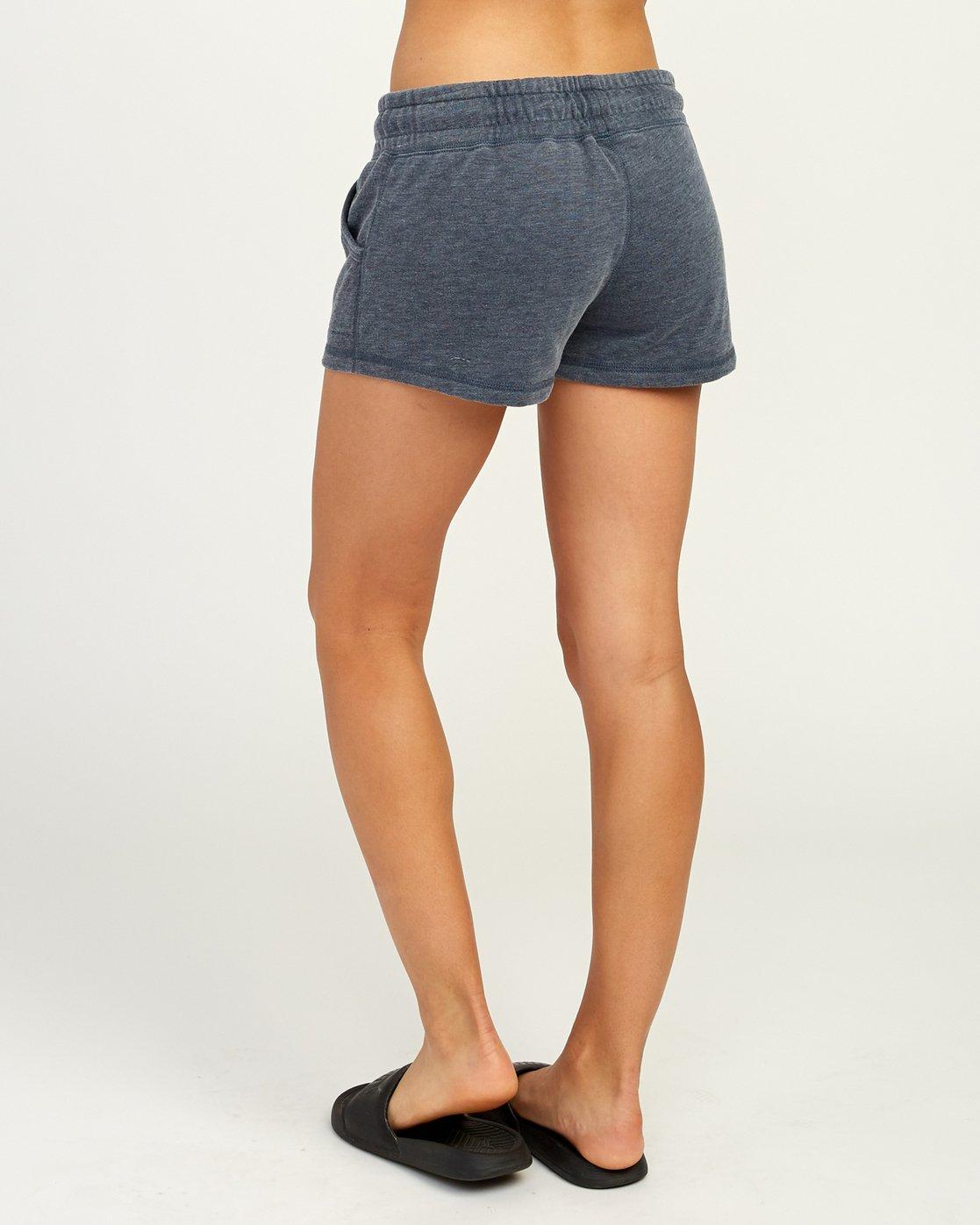 3 Ava Fleece Soft Short  WL08TRAS RVCA