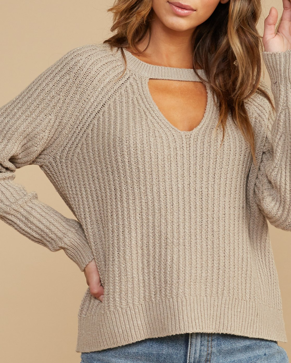 3 Case Knit Keyhole Sweater Beige WV02QRCA RVCA