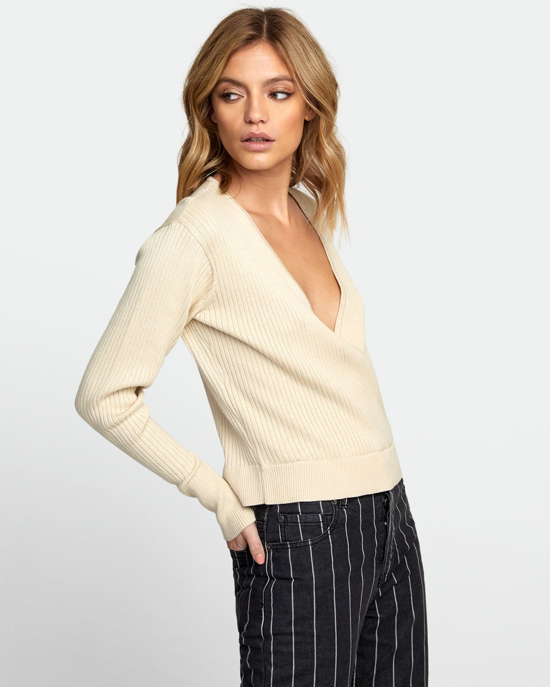 2 Pointed Surplice Sweater Brown WV07WRPO RVCA