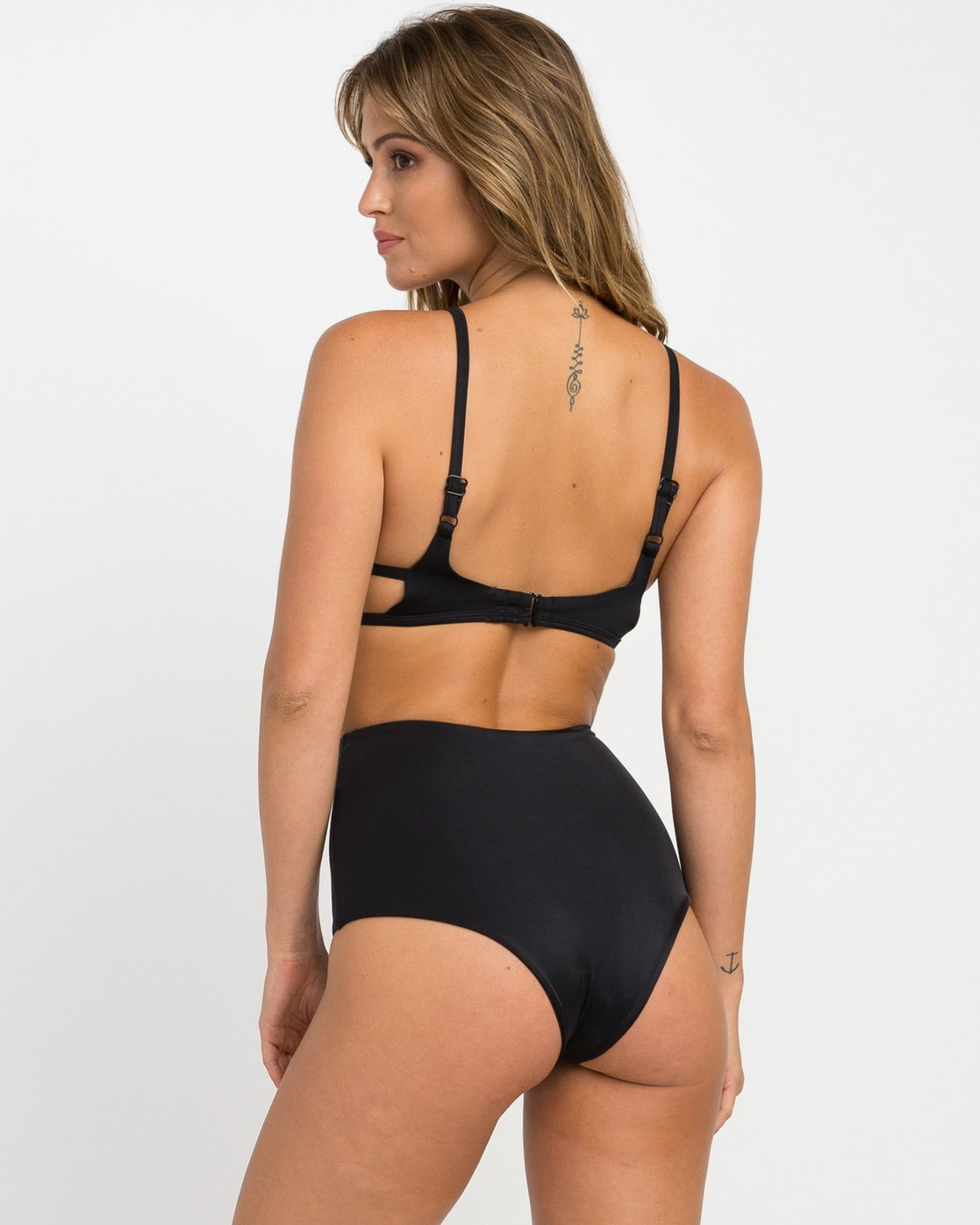 2 Solid One Piece Swimsuit Black X101NRSO RVCA