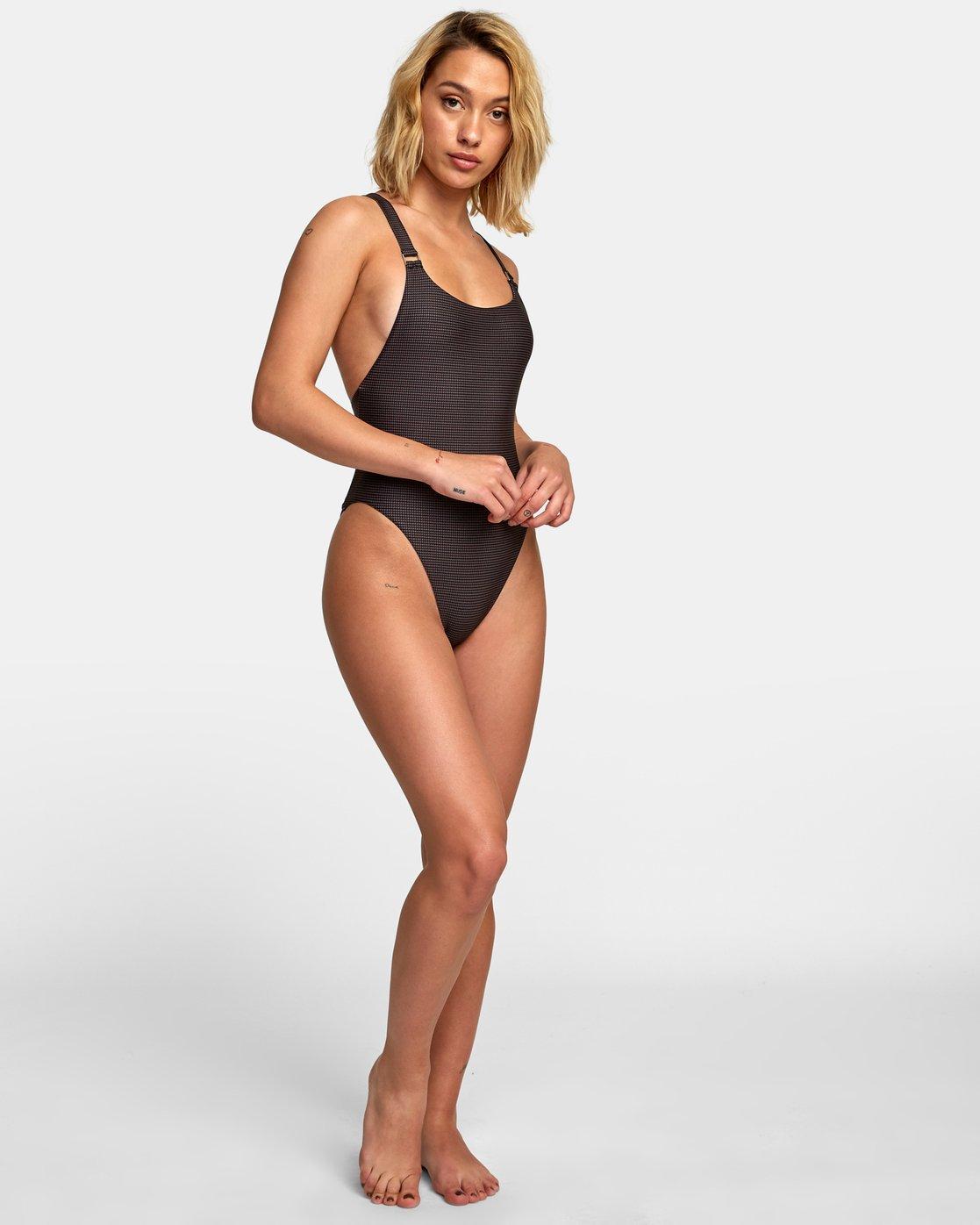 5 Ventura One Piece Swimsuit Black X120WRVO RVCA