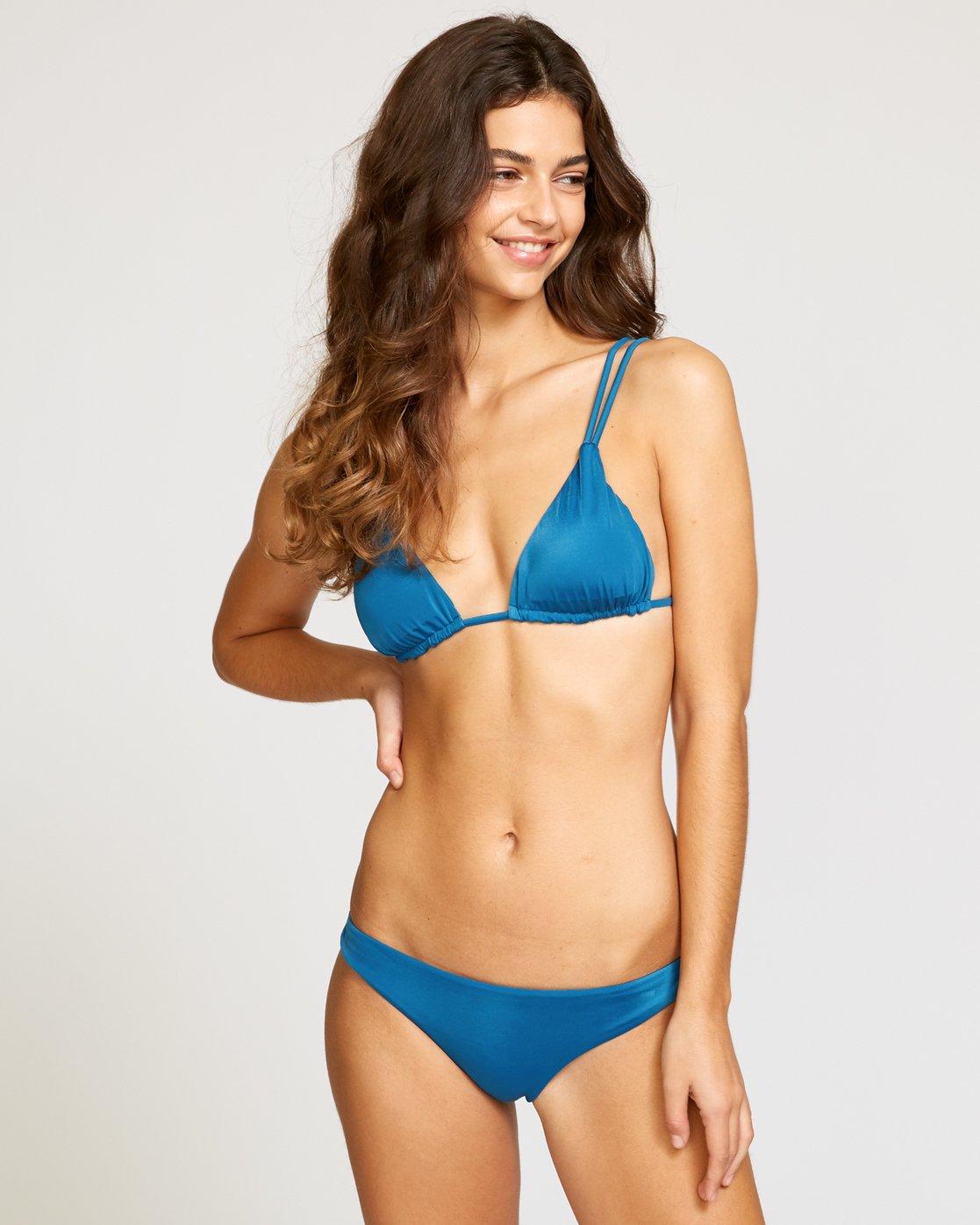 0 Solid Tri Bikini Top Blue XT01URSO RVCA