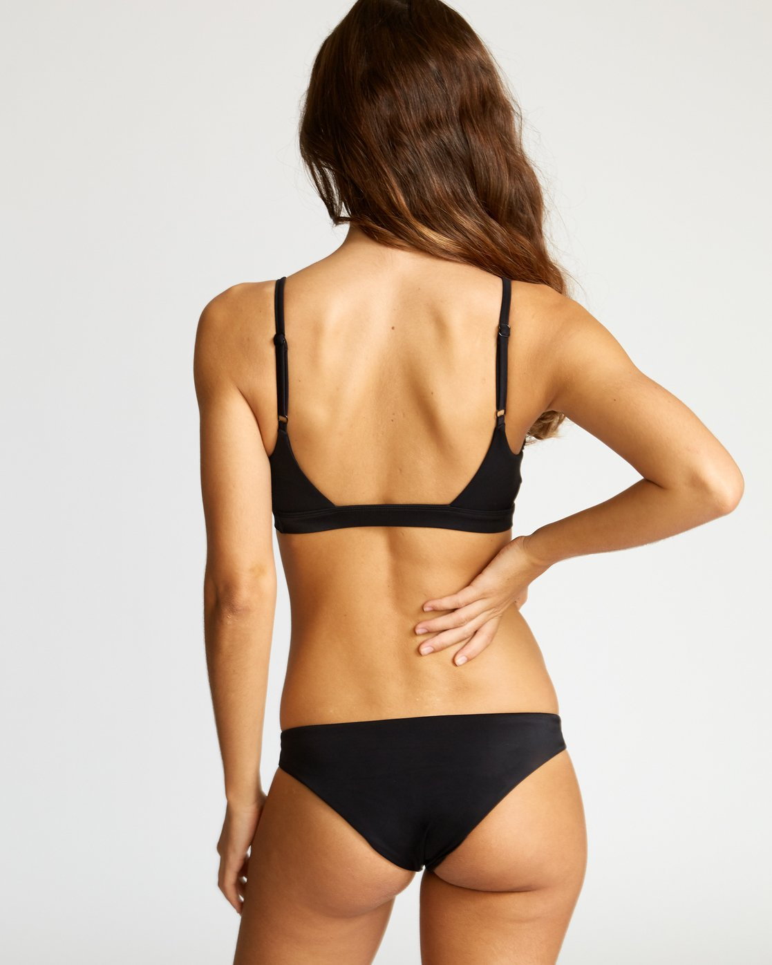 2 Solid Knot Bralette Bikini Top Black XT02URST RVCA