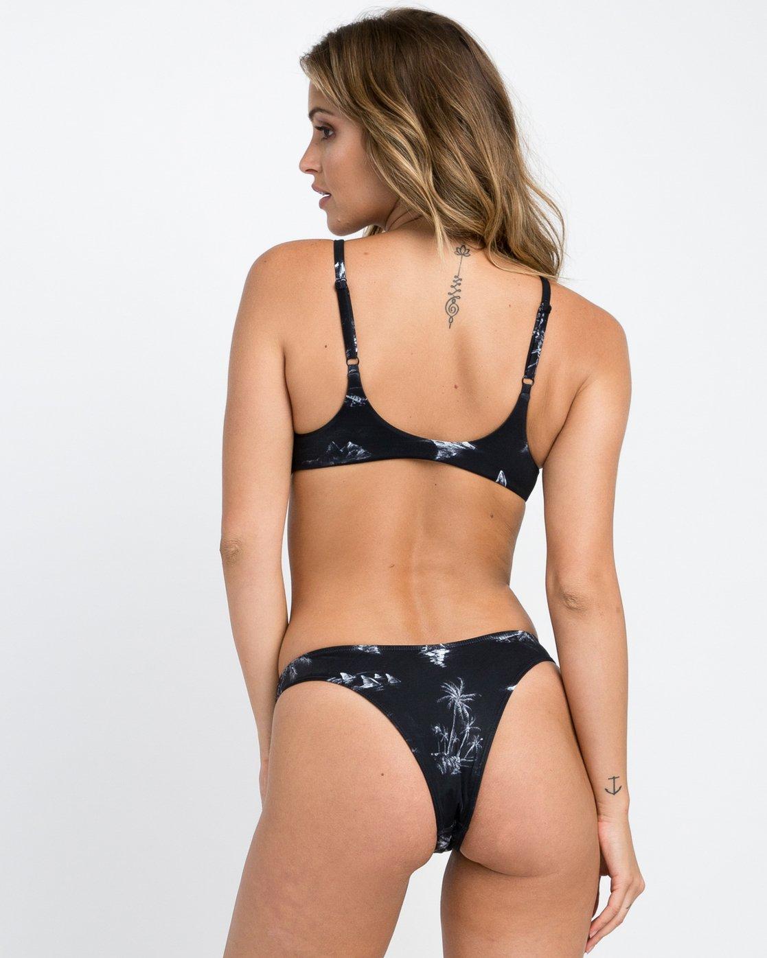 2 Danger Beach Knot Bikini Top Black XT07PRKT RVCA