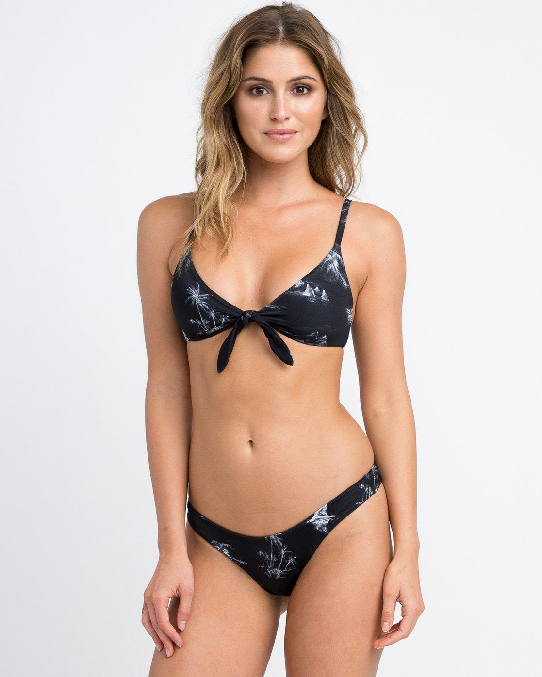 0 Danger Beach Knot Bikini Top Black XT07PRKT RVCA