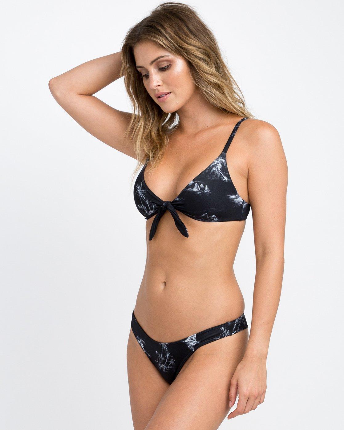 1 Danger Beach Knot Bikini Top Black XT07PRKT RVCA