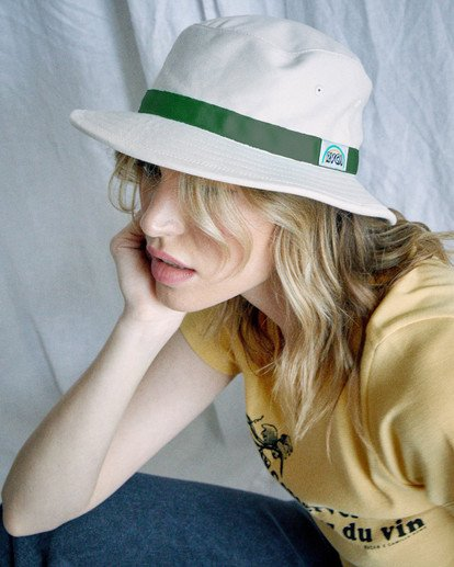 2 Camille Rowe | Camille Bucket Hat White AVJHA00115 RVCA